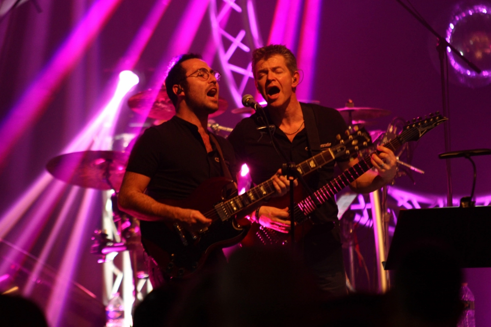 Nathan et Fred (guitares chants)